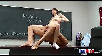 Petite schoolgirl fuck 14 5 82