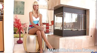 Petite  Latina Erica Fontes Spreads Ass and Gets Asshole Licked!